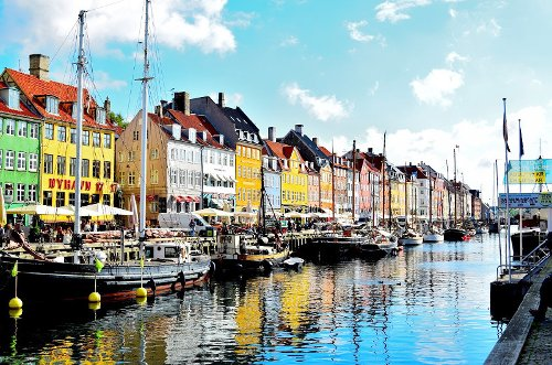 Minibus and Bus hire for single transfer and return transfers in Denmark