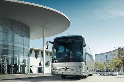 Private coach hire, luxury coach and executive minibus for events in Zurich